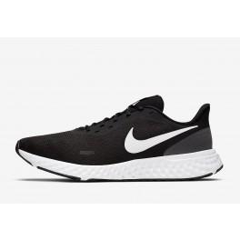 Nike Revolution 5 002